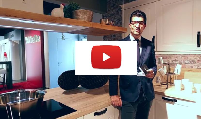 7 Modi per Attrezzare la Tua Colonna Dispensa in Una Cucina Moderna ...